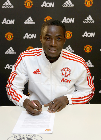 Bailly signs for Manchester United | Photo: Tom Purslow/Manchester United