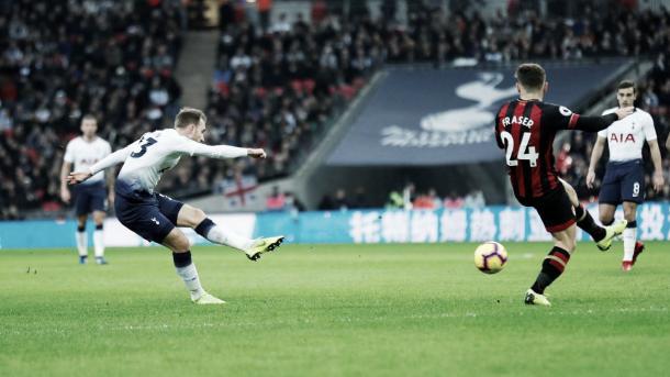 Eriksen abrió la cuenta para el Tottenham. Foto: Premier League.