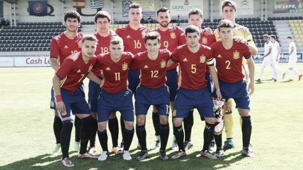 Alineación de la Selección española Sub-19 en un partido de clasificación para la Eurocopa. | Foto: UEFA.com