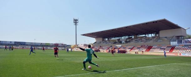 El primer equipo y el filial entrenaron juntos en el Estadi Municipal. (Foto: CF Reus)