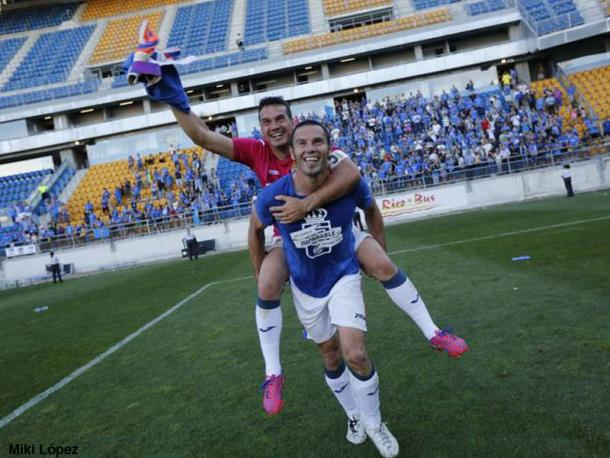 Esteban y Cervero celebran el ascenso en Cádiz | Foto: VAVEL