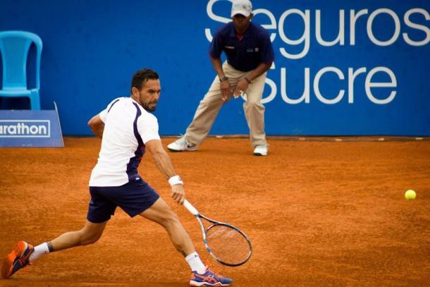Victor Estrella Burgos plays a backhand in his semifinal win. Photo: Ecuador Open Quito