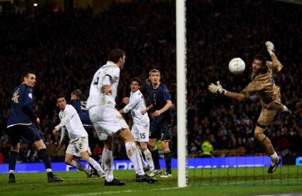 Il gol di Panucci nel 2007.