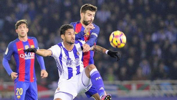 Constrasto tra Piqué e Willian José. | Fonte immagine: Eurosport
