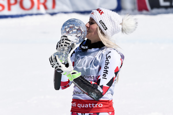 Eva-Maria Brem with her GS Crystal Globe. (Photos: Alain Grosclaude/Agence Zoom/Getty Images Europe)