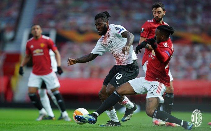 Kessié anotó un gol en el minuto 10 pero fue anulado / Foto: Twitter @acmilan