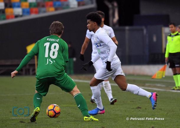 Ewandro in amichevole. Fonte: www.facbook.com/UdineseCalcio1896