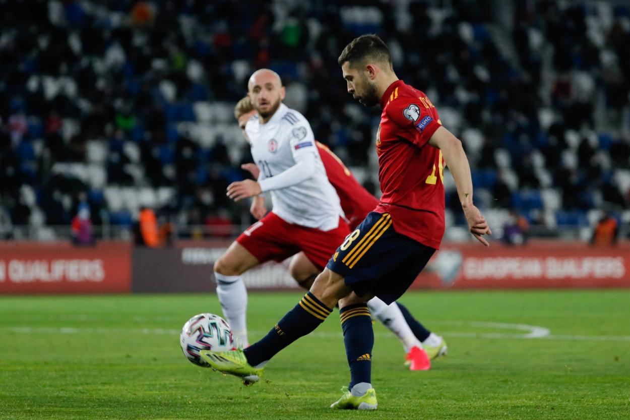 Jordi Alba durante el Georgia - España | Fuente: @SeFutbol