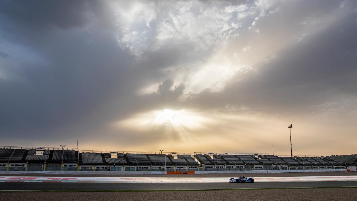 Jake Dennis a bordo de su BMW i Andretti Motorsport | Fotografía: ABB Fórmula E