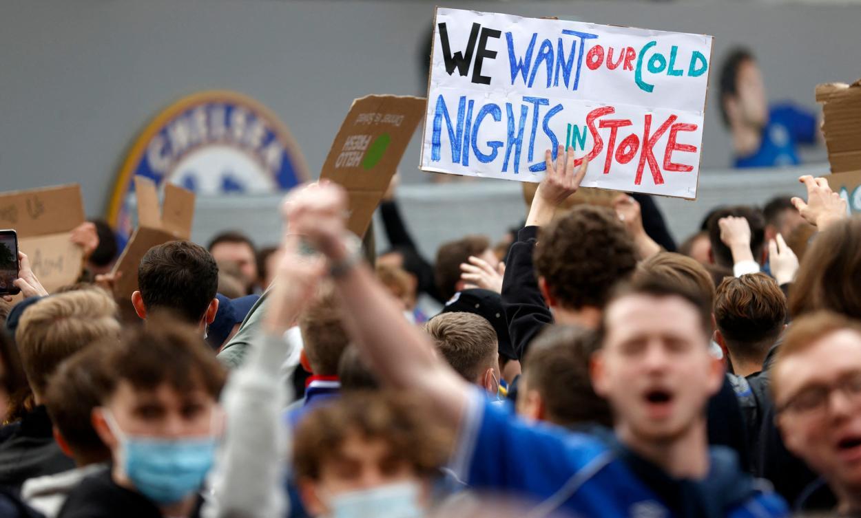 Las protestas de los aficionados ingleses / FOTO: Evening Standard