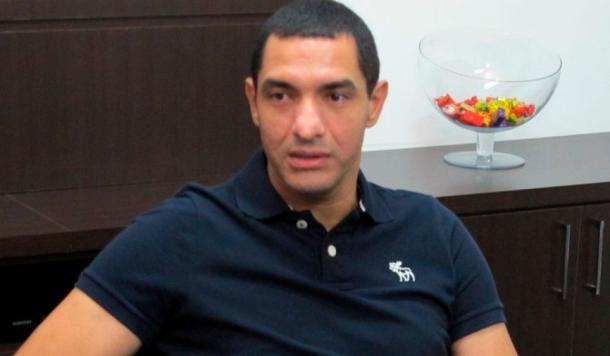 Fábio Costa visitou as dependências do clube (Foto: Jornal Diário de Santa Bárbara)