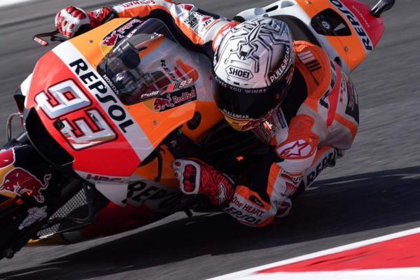 MotoGP: Infortunio con un coltello per Crutchlow, reciso il tendine dell'indice sinistro