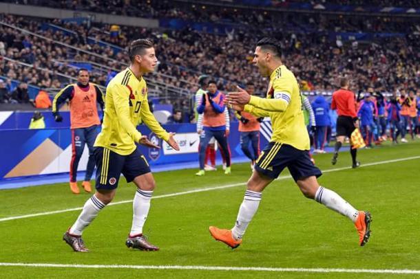 James Rodríguez celebrando la victoria ante Francia en Saint Denis| Foto: FIFA