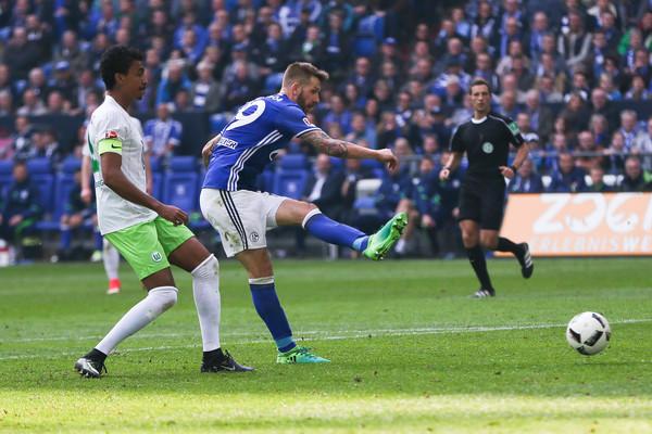 Burgstaller en su segundo gol / FOTO: Zimbio