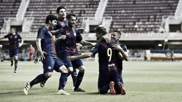 Los jugadores del filial blaugrana celebran uno de los goles frente al Lleida. Foto: FCBarcelona