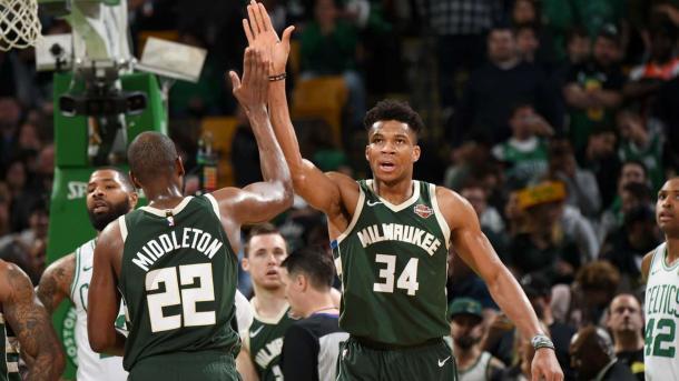 Antetokounmpo y Middleton // NBA