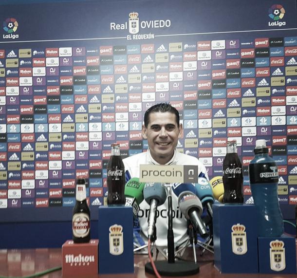 Fernando Hierro durante la rueda de prensa previa | Foto: Real Oviedo