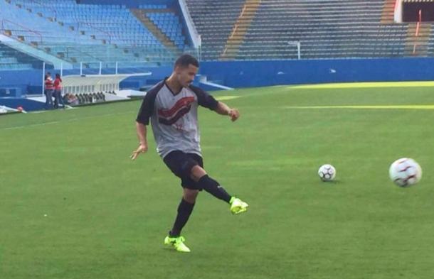Fabrício atuou por apenas seis oportunidades na Segundona com a camisa do Rubrão (Foto: Divulgação/Oeste)