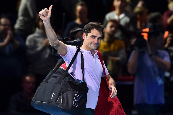 Federer salutes the crowd at the ATP Finals in London last November. Photo: AFP