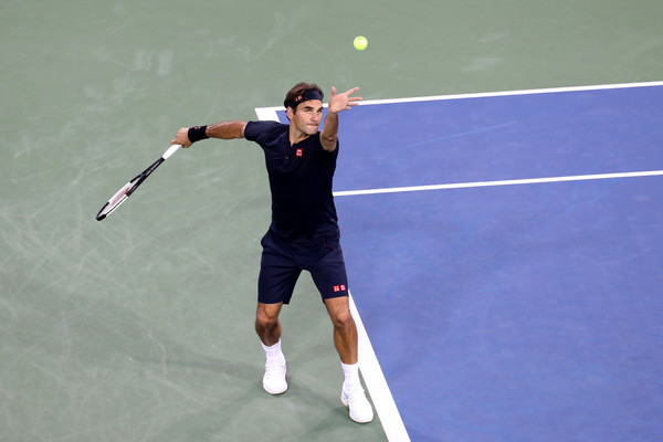 Federer serves during the second-round win in Cincinnati. Photo: Rob Carr/Getty Images