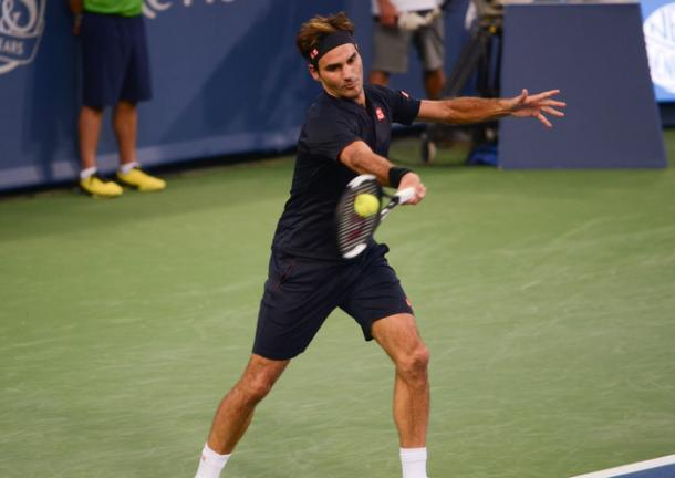 Roger Federer strikes a forehand during the win over Goffin. Photo: Noel Alberto/VAVEL USA