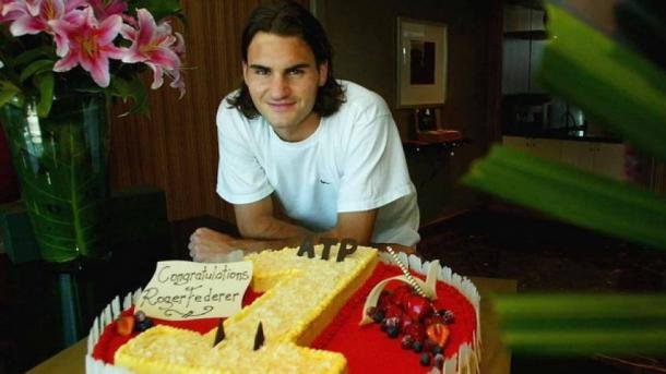 Roger Federer celebrates rising to number one in the world for the first time just over 14 years ago. Photo: Getty Images