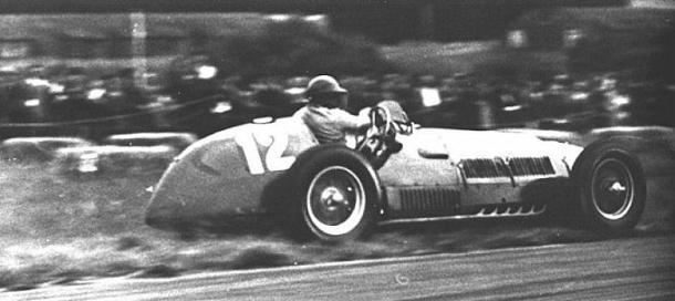 Gonzales e la Ferrari del '52