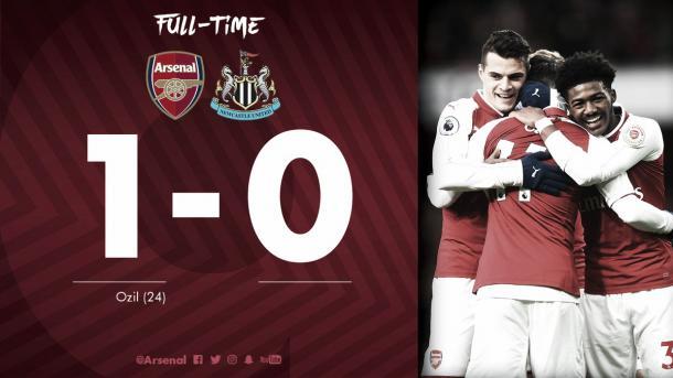 Festejo final del Arsenal en sus redes sociales. Fotos: twitter.com/Arsenal