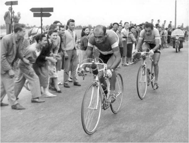 Escapado con Coppi en busca de su tercer Giro | Fuente:bikeraceinfo.com