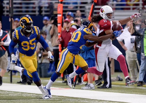 Larry Fitzgerald running after the catch against the St. Louis Rams
