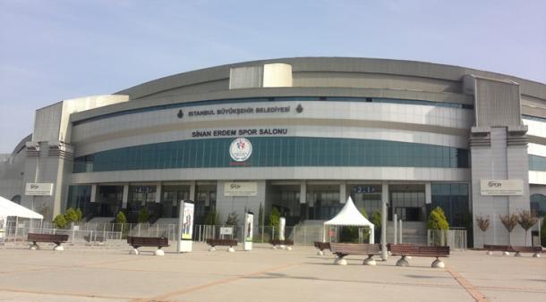 El Sinan Erdem Arena albergará la batalla por el oro, al igual que toda la fase final. | Fotografía: FIBA