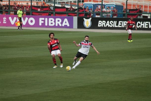 Flamengo é mais eficaz e sai em vantagem no Pacaembu (Foto: Ney Gusmão/VAVEL Brasil)