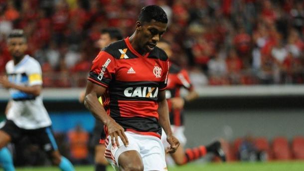 Berrío deve ser um dos muitos jogadores rubro-negros que estão fora das quartas de final da Primeira Liga. (Foto: Staff Images / Flamengo)