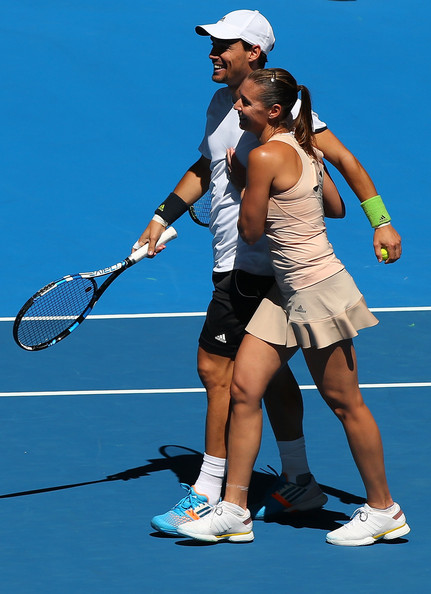 Fabio Fognini and Flavia Pennetta celebrate after winning a mixed doubles rubber at the 2015 Hopman Cup. | Photo: Paul Kane/Getty Images AsiaPac