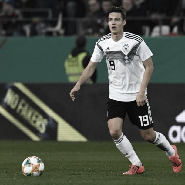 Florian Neuhaus. Foto: reprodução Twitter @Borussia
