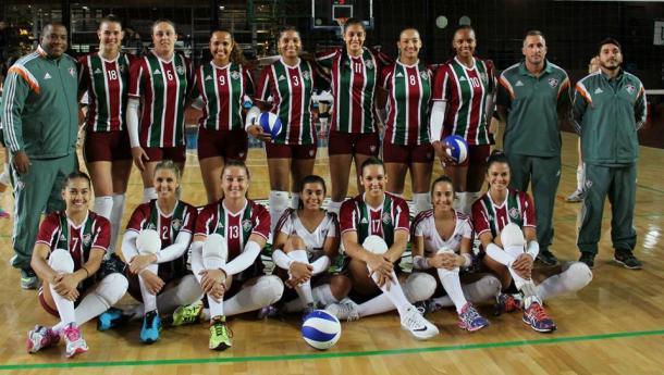 Campeão Carioca de vôlei e disputando a Superliga feminina, o Flu ainda veste Adidas (Foto: Divulgação/Fluminense FC)