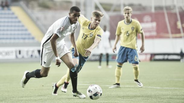 Above: Yassin Fortune and Oscar Petersson clash in France's 1-0 defeat to Sweden | Photo: uefa.com