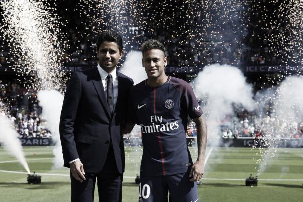 Neymar fue presentado ante los hinchas en la previa del partido | Foto: PSG Twitter