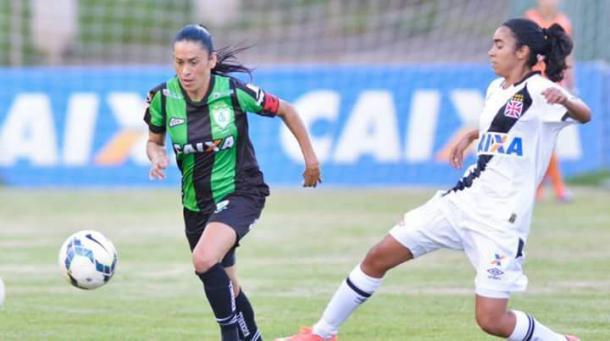 Aos 33 anos, Patrícia é a atleta mais experiente do grupo (Foto: Mourão Panda)