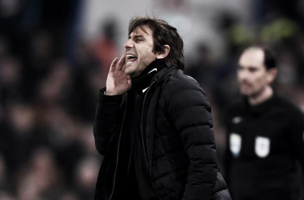 Antonio Conte mantuvo un fuerte enfrentamiento con Mourinho | Foto: Chelsea