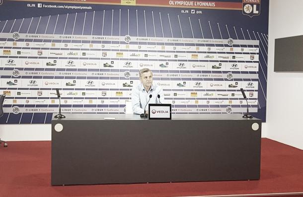 Bruno Genesio se vio muy decepcionado tras el empate | Foto: Lyon TW