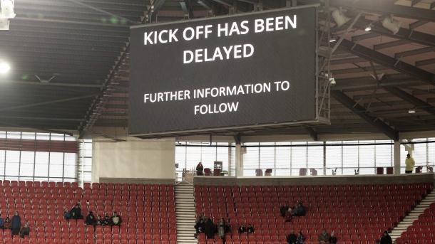 El inicio tuvo que demorarse por problemas de energía | Foto: Premier League