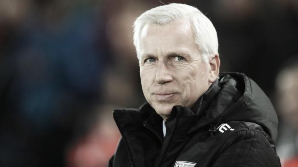 Alan Pardew espera lograr la permanencia del West Brom | Foto: WBA