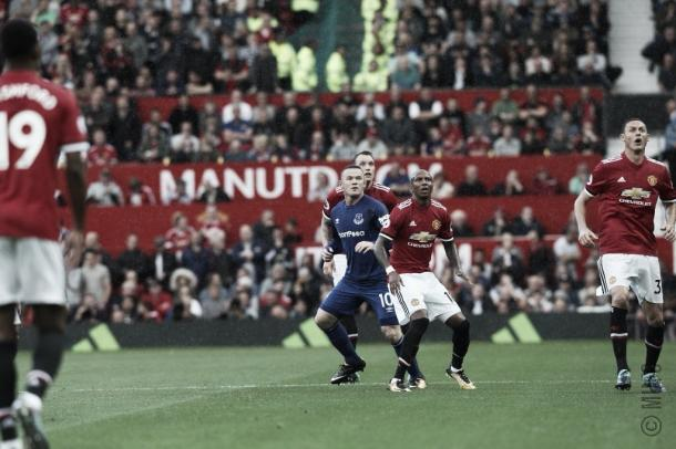 Rooney enfrentó a sus antiguos compañeros | Foto: @ManUtd