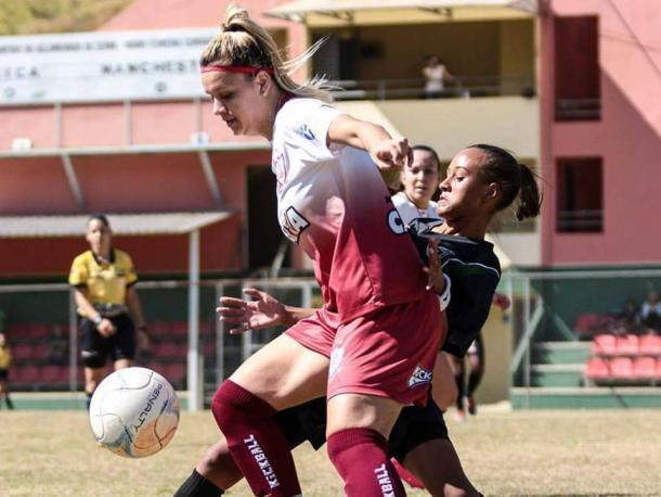 Entre 2009 e 2010, Kamila jogou pela seleção brasileira sub-17 (Foto: Giazi Cavalcante)