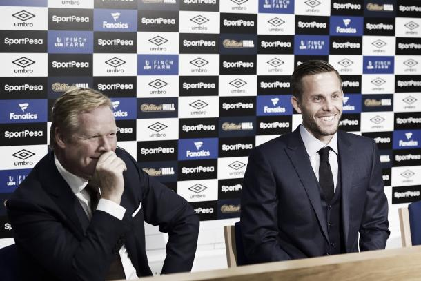Presentación de Sigurdsson | Foto: Everton TW