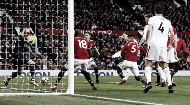El Manchester United no logra levantar cabeza en la Premier League   Foto: ManUtd