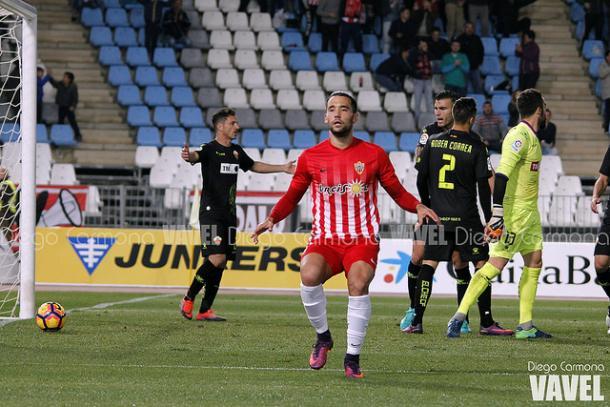 Quique celebrando el gol que marcó ante el Elche. (FOTO: Diego Carmona - VAVEL)