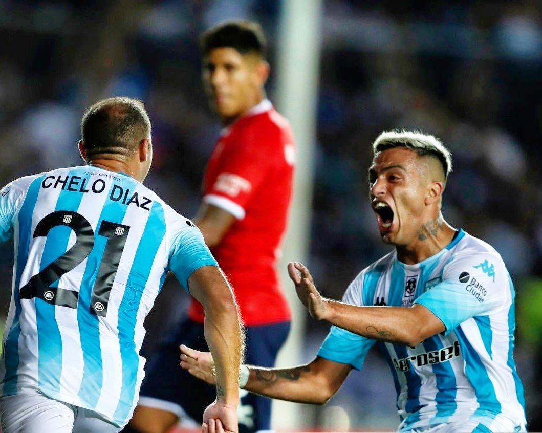 El Chileno Marcelo Díaz no será de la partida por una lesión meniscal de la que se está recuperando. (Foto: Racing Club)