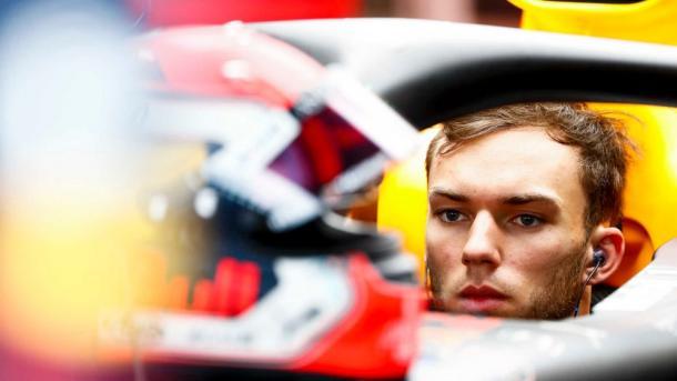 Pierre Gasly concentrado durante o GP da Hungria (Foto: Reprodução/Fórmula 1)